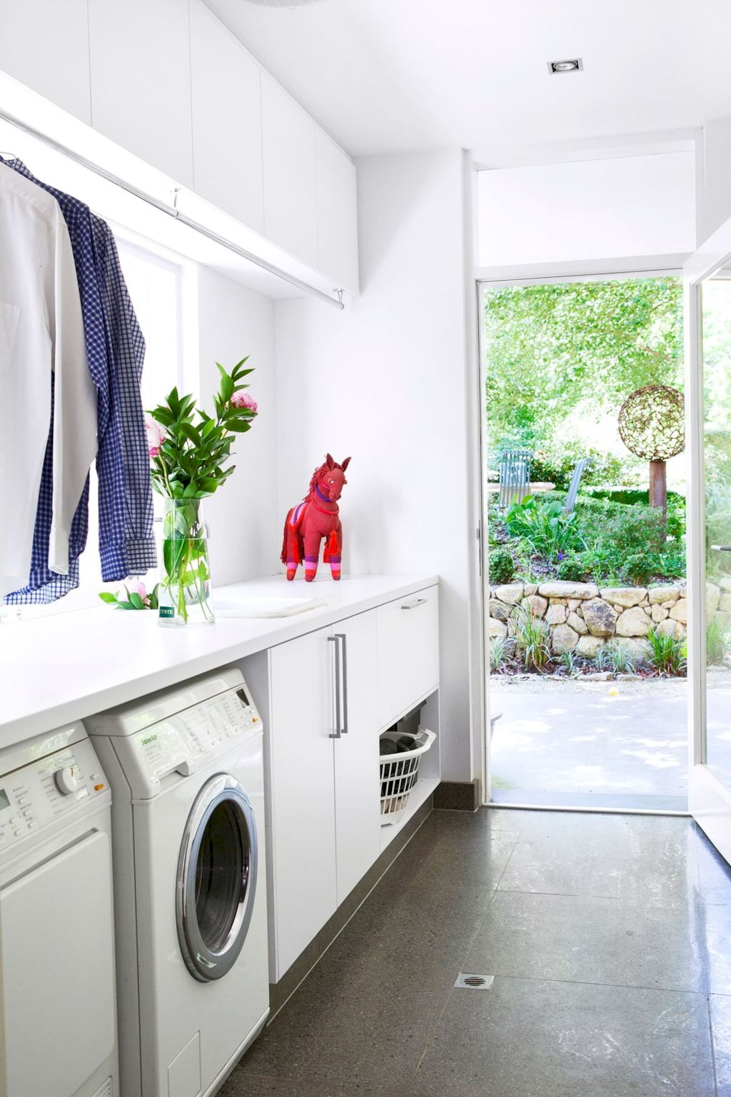 Easy tricks to make a Scandinavian style laundry room which will give a perfect refreshment in simple and sleek designs Image 20