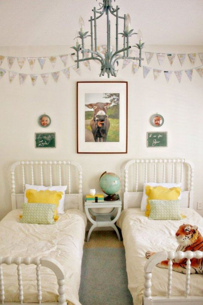 Shabby chic childrens rooms and nurseries with simple and beautiful decorations Image 24