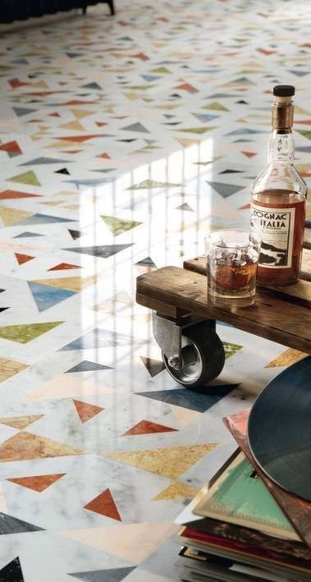 Amazing terrazzo decoration revival giving a cozy look in a warm and friendly interior scheme Image 6