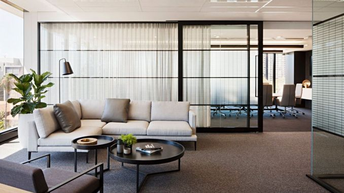 Limitless interior schemes with clever glass partition enlarging wide interior vibes Image 28