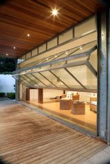 Limitless interior schemes with clever glass partition enlarging wide interior vibes Image 44