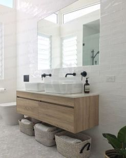 Timeless bathroom designs with wood accents enhancing more natural vibes Image 27