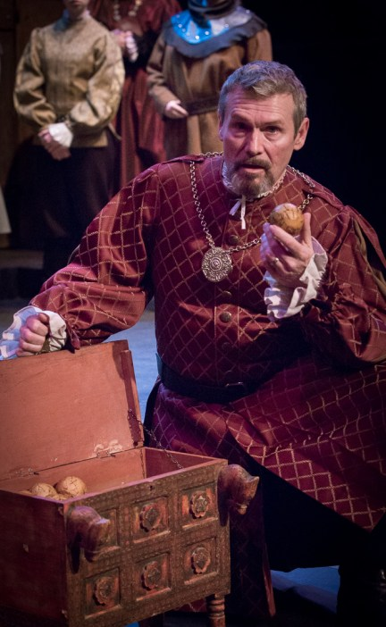 "Maurice Ralston (Exeter), ""Henry V"" at Atlanta Shakespeare Company. Photo: Jeffrey Watkins"