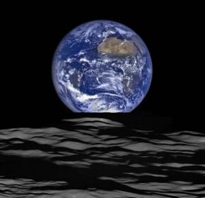 地球の出_NASA