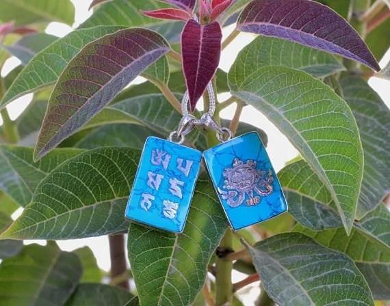 Buddha lotus om mantra charms pendants