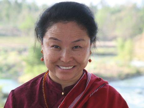 Khandro Trinlay Chodon Rinpoche