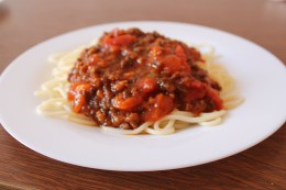 Spaghetti with fresh tommatos and homemade sauce