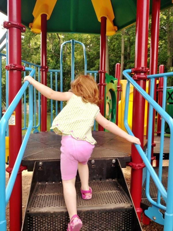 Fona on the playground on Shalavee.com