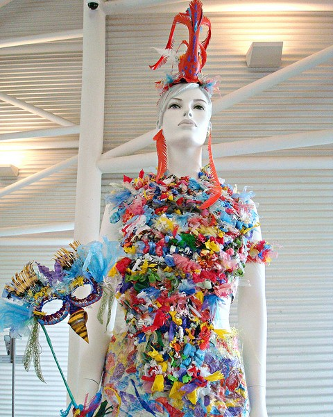 Weird And Wonderful : Trashion