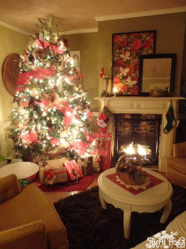 Christmas tree in Livingroom