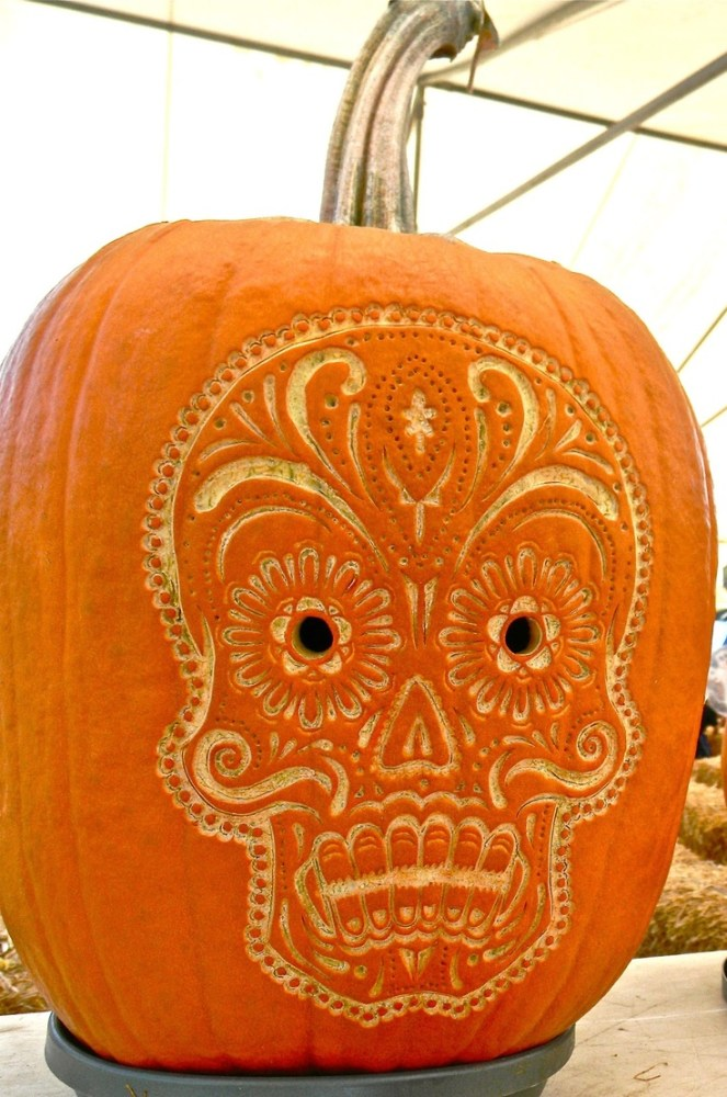 day of the dead pumpkin dias de los meurtos altar on Shalavee.com