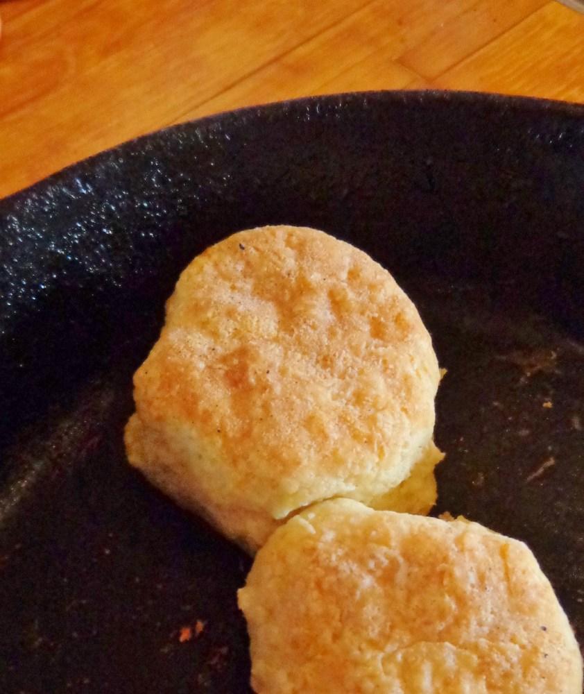buttermilk biscuit on Shalavee.com