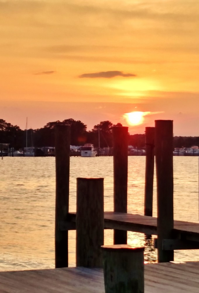 Sunset on the dock at The Bridges Restaurant on Shalavee.com