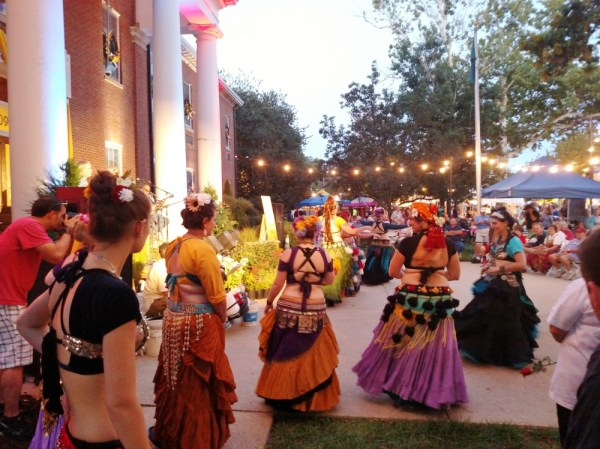 belly dancers at Summerfest on Shalavee.com