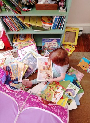 Fiona reading books on Shalavee.com