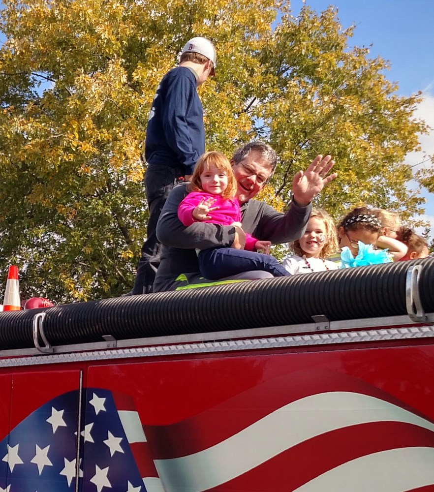 Daddy and Fiona on the fire engine from Shalavee.com