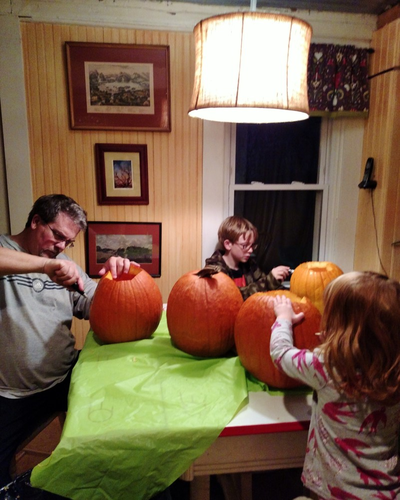 Carving pumpkins on Shalavee.com