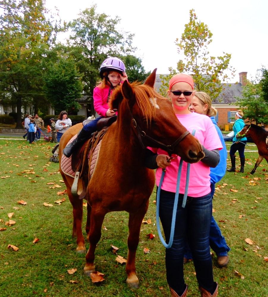 Fiona's first pony ride on Shalavee.com