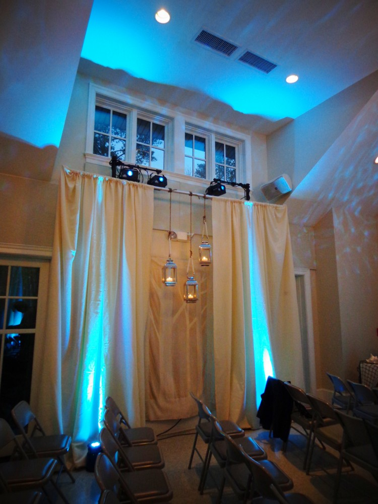 side window curtains and lanterns