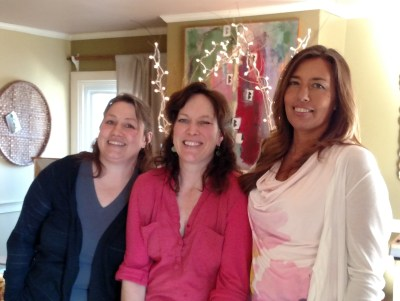 me and my friends Melissa and Karen on Shalavee.com