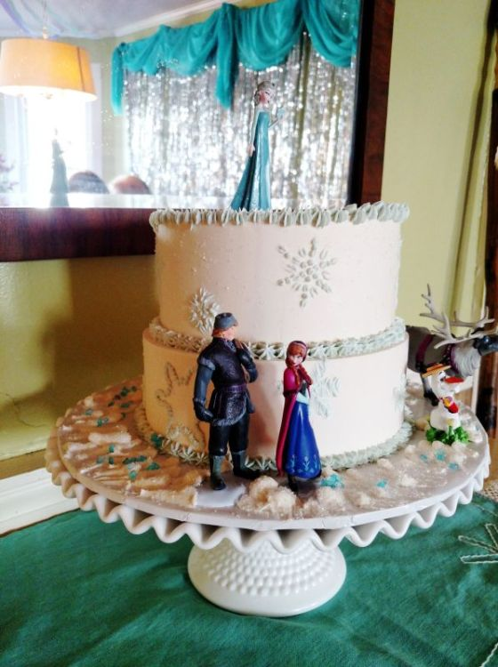 Frozen Birthday party cake by Steve Konapelski on Shalaee.com