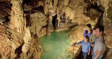 Natural Bridge Caverns Featured
