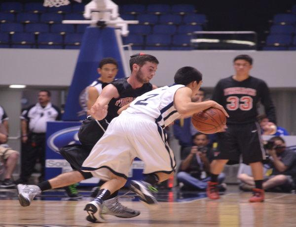 GUARDING: Ari Wachtenheim tries to stop Rolling Hills Prep from scoring at the CIF Dib. 5A Finals at the Anaheim Convention Center Feb. 28.