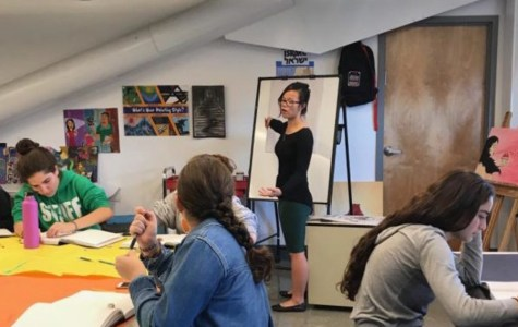 Senior AP Art student helps teach Comp and Design class, inspiring sophomores