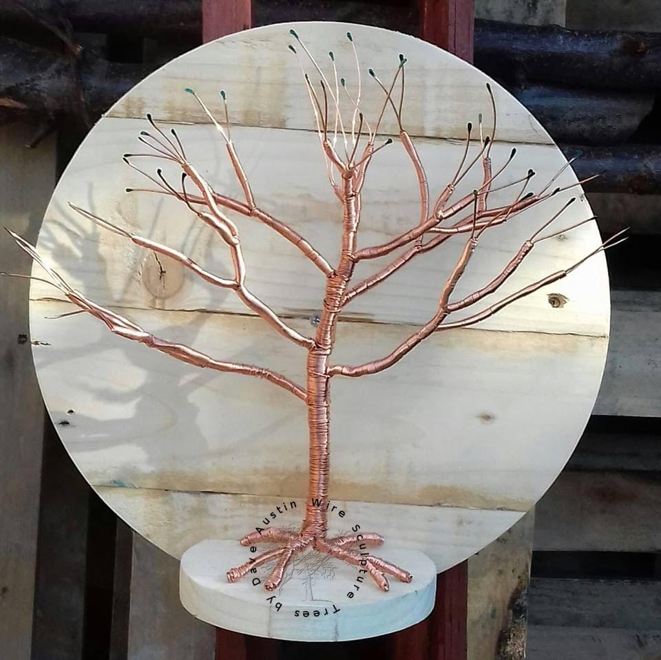 528-1-wire-tree-on-shelf