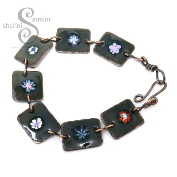 Enamelled Flowers Copper Bracelet - Dark Green