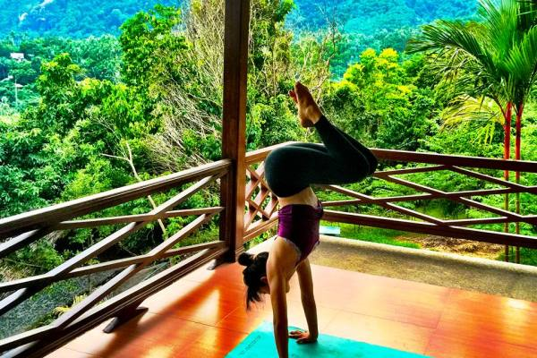 meditation travel in Thailand