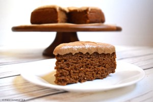 Pumpkin Cake with Cinnamon Cream Cheese Frosting (Vegan, Gluten Free, Oil Free)