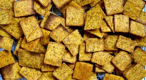 spicy pumpkin crackers #vegan #grainfree #glutenfree