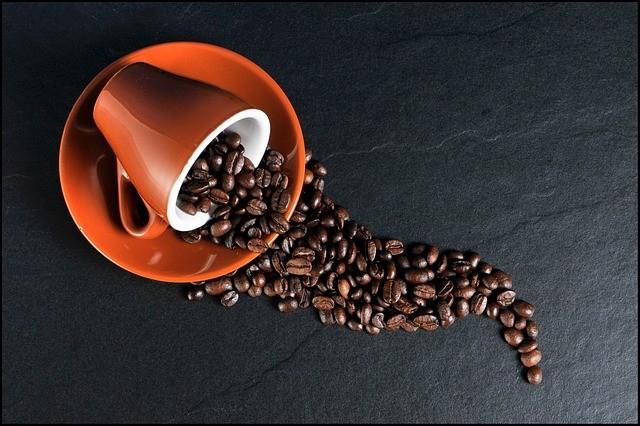 Beber café prolonga o tempo de vida☕