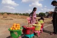 fruit-vendor-india