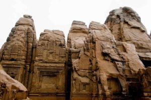 masroor-rock-cut-temples-himachal-pradesh-travel-india