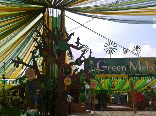 dastakar-green-festival-carnival-flea-market-crafts-bamboo-plants-baskets-artifacts-decor-home-interior-delhi-gurgaon-nature-haat-bazar-market-paper-recycled-candles