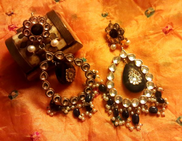 Allthatsparkles-kundan-earrings-jewels-jewellery-gems-stones-sparkle-gemstones-preciousstones-crystals
