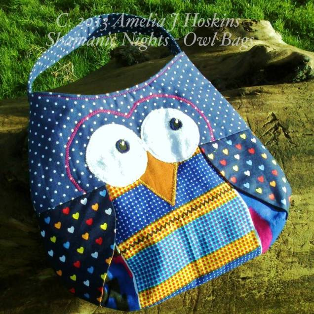 Owl bag blue dotted heart wings short handle