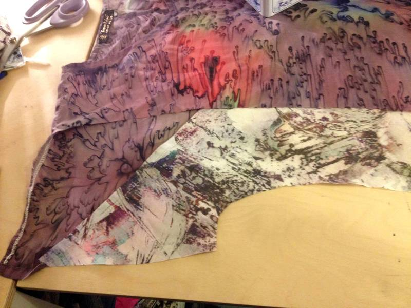 Front sleeve cut away shows back sections joined diagonally