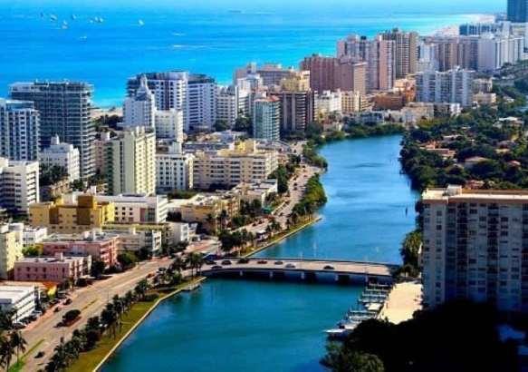 Майами-Бич.