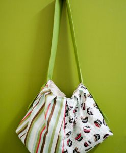 (Pleated Sling Bag) Sugary Cupcakes in Green