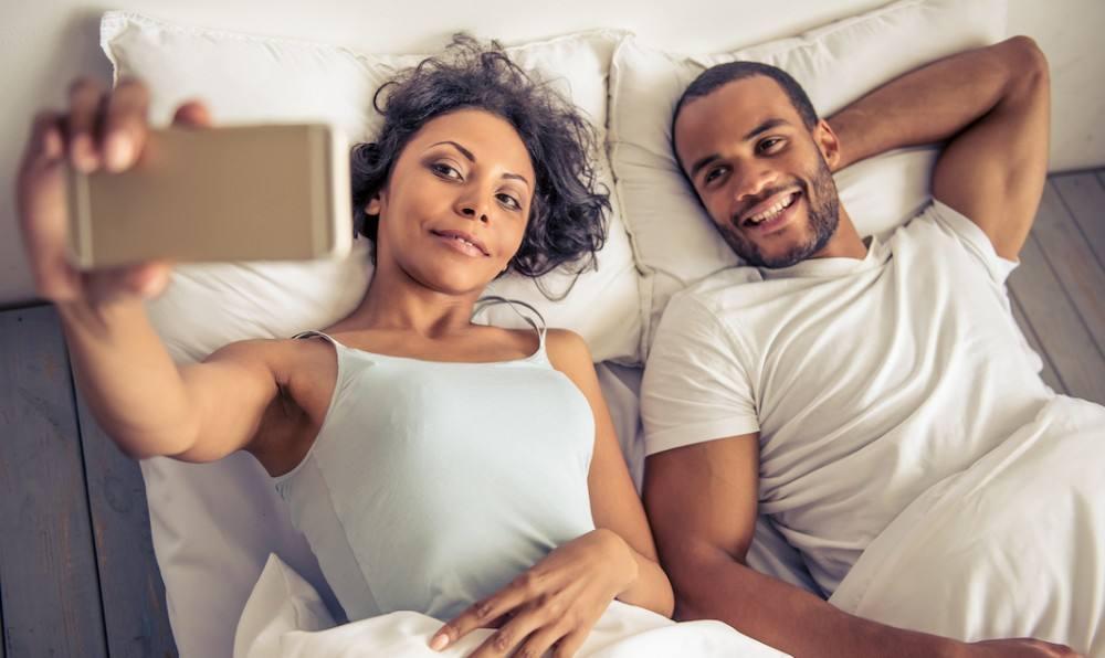 فوائد القرفة للرغبة الجنسية