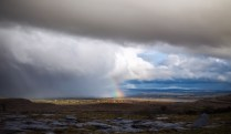 Ein Regenbogen an der Grenze zwischen schönem und Unwetter   A rainbow at the border between good and bad weather