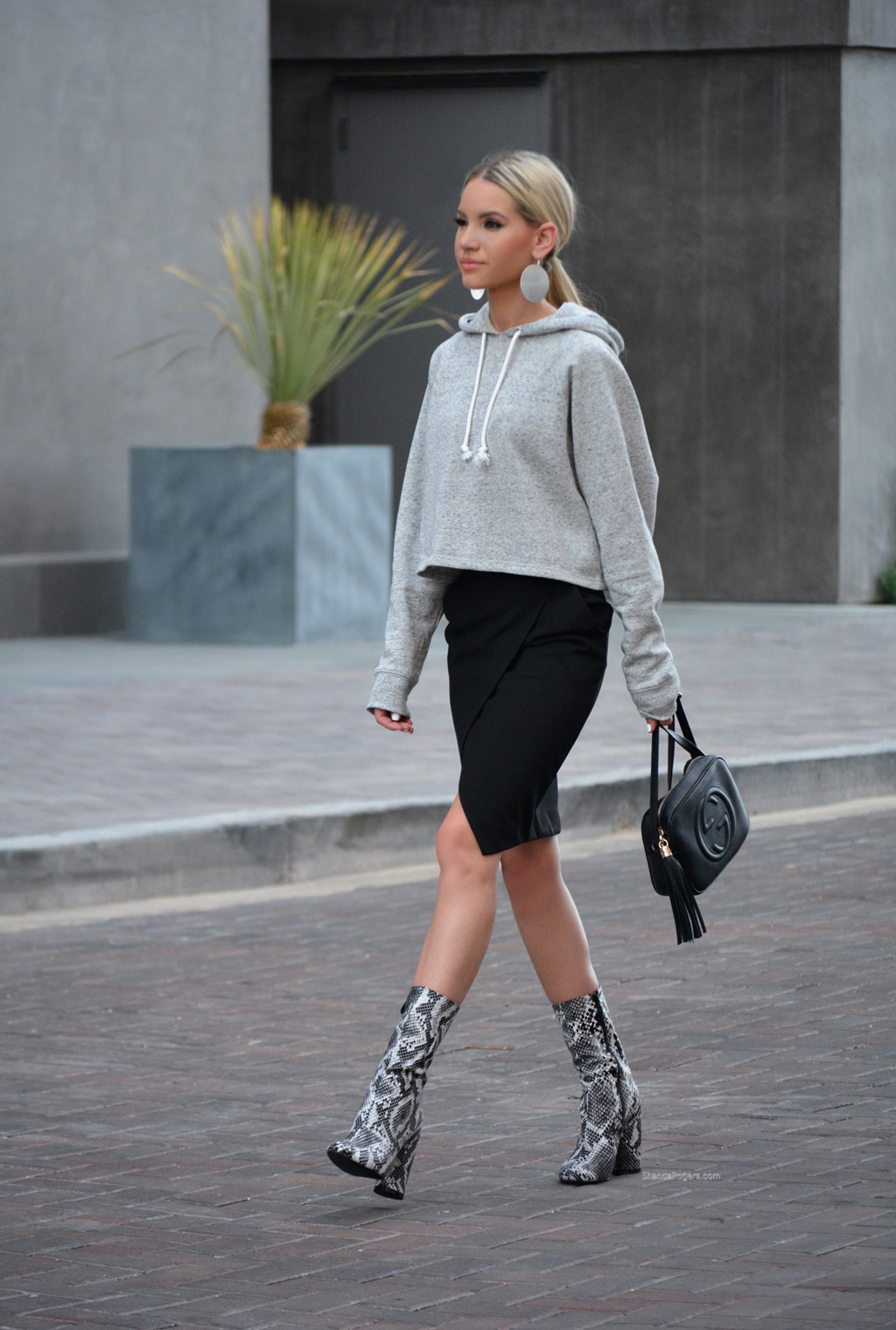 Casual Chic On The Go