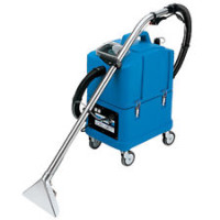 Carpet cleaning machine for professionals.