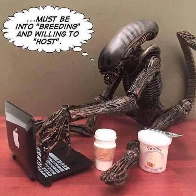 geek meme alien dating site