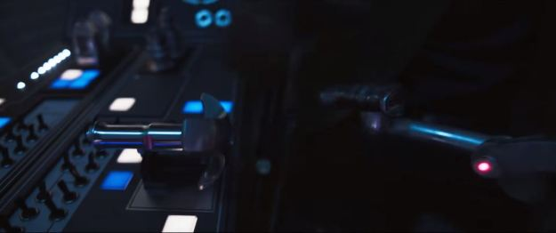 star wars solo trailer millennium falcon cockpit shift lever near switches pushed forward