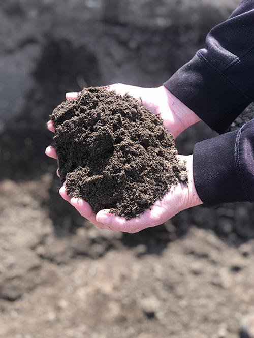 Planting-Soil-Mix-Shaner-Avenue-Nursery
