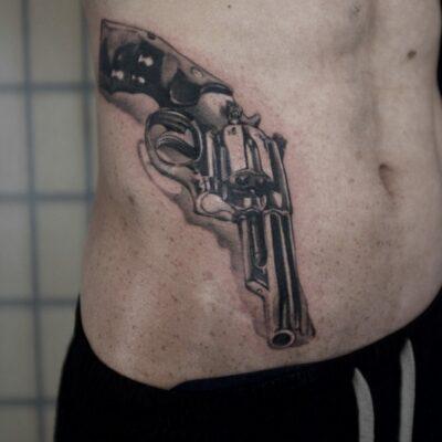 zhuo dan ting tattoo work 卓丹婷纹身作品 枪纹身写实 1